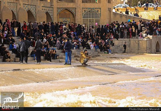 894748 Gahar ir عکسهای زیبا از شور و شوق مردم اصفهان کنار زاینده رود بهمن 97