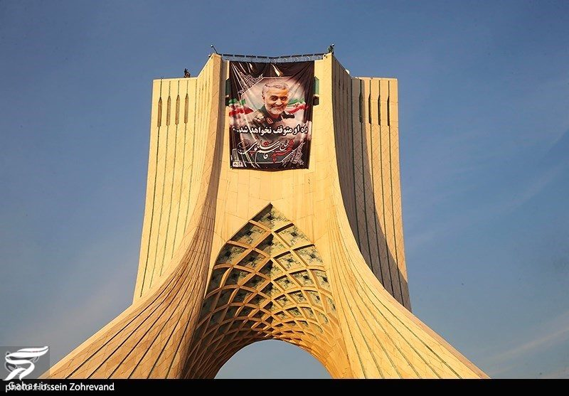 881438 Gahar ir عکسهای مراسم تشییع سردار سلیمانی با حضور باشکوه مردم