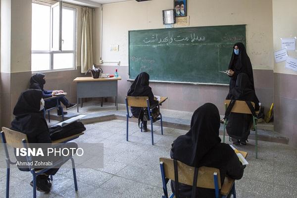 222722 Gahar ir گزارش تصویری آغاز سال تحصیلی با رعایت پروتکل های بهداشتی