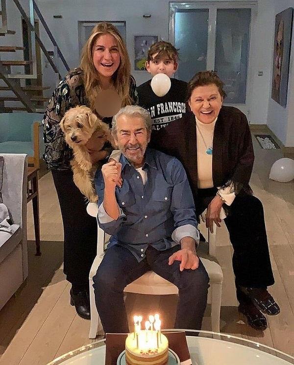 تولد ۷۹ سالگی فرامرز قریبیان کنار خانواده اش در آمریکا / عکس, جدید 99 -گهر