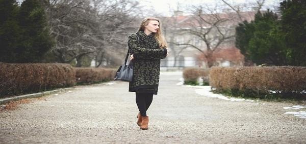 ۷+۱ لباس زنانه که برای پوشیدن زیر پالتو مناسب هستند, جدید 1400 -گهر