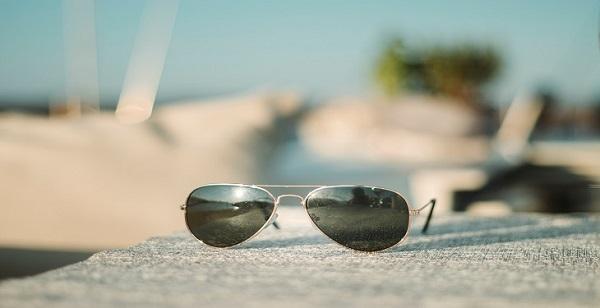 معرفی مشهورترین برندهای عینک آفتابی در دنیا, جدید 1400 -گهر