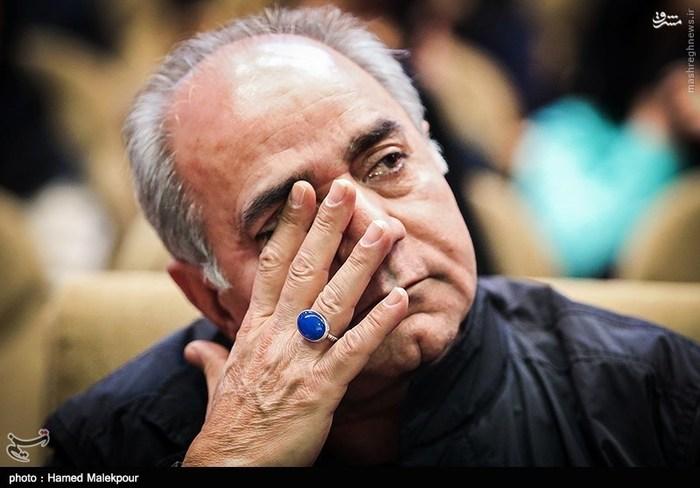 1456276978 ماجرای اشک های پرویز پرستویی در مراسم تقدیر از فیلم بادیگارد چه بود؟